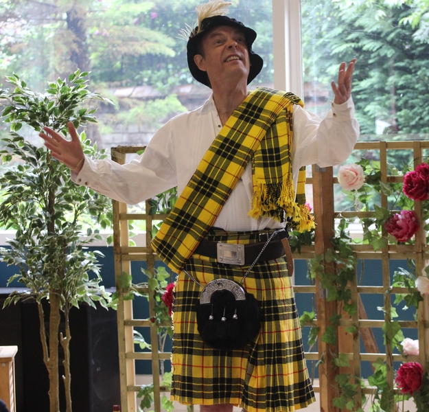 Les Fulton as Malcolm was hilarious in the yellow tartan he wore to go a-wooing. (PHOTO: PHIL MANSELL)
